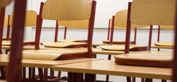 Asociácia stredných odborných škôl Slovenska sa v plnom rozsahu stotožňuje so stanoviskom Asociácie riaditeľov štátnych gymnázií k iniciatíve na zrušenie prijímacích skúšok
